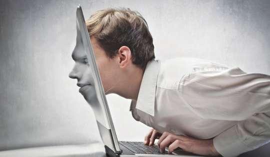 Συνέντευξη Έρης Κεχαγιά στην εφημερίδα Κυριακάτικη KONTRA NEWS: Ο εθισμός στο διαδίκτυο και στα social media